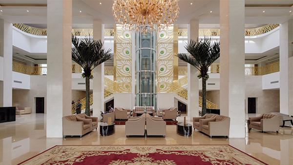 Pefaco-Hoteles,-le-raffinement-et-l'excellence-du-service-hôtelier